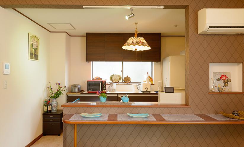 1階 キッチン