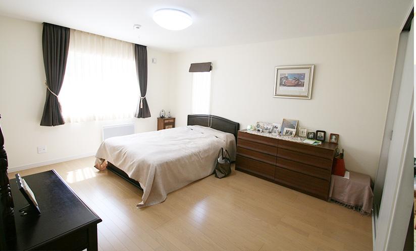 1階 寝室