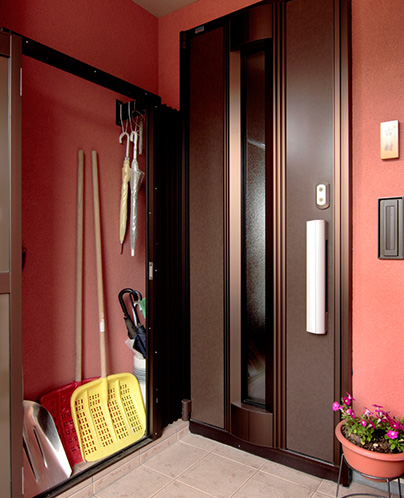 1階世帯玄関