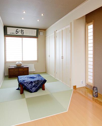 1F 和室