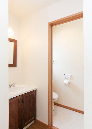 2階洗面・トイレ