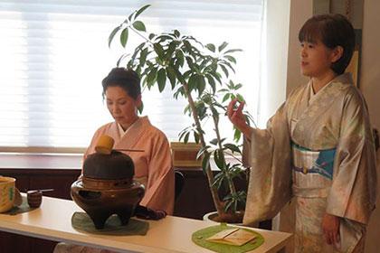 銀座で開催 少人数で桜のお茶会